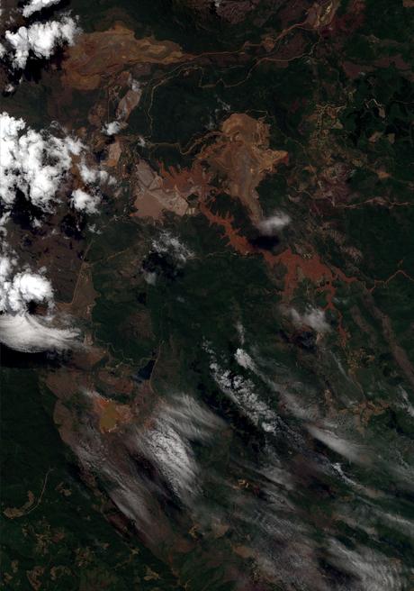 Imagem tirada por um satélite de alta definição no sábado (7)