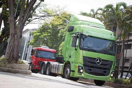 Mais de 60% da mercadoria nacional passam pelas estradas do Sudeste rumo ao porto de Santos