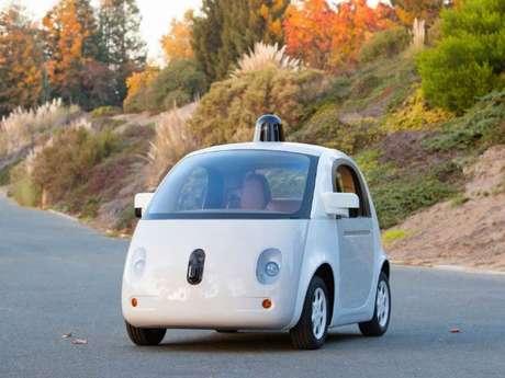 Recentemente o Google começou a testar seu carro autônomo nas ruas dos Estados Unidos