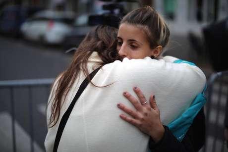 Autoridades francesas já entregaram os restos mortais de cerca de 100 vítimas dos atentados aos familiares