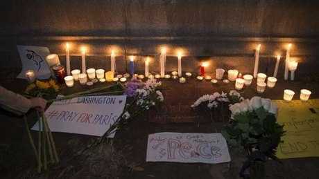 Atentado contra seis pontos da capital francesa deixaram mais de 120 mortos e centenas de feridos