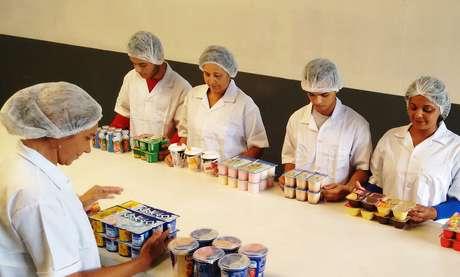 Os produtos são vendidos em kits de sabores e marcas escolhidos pelos clientes