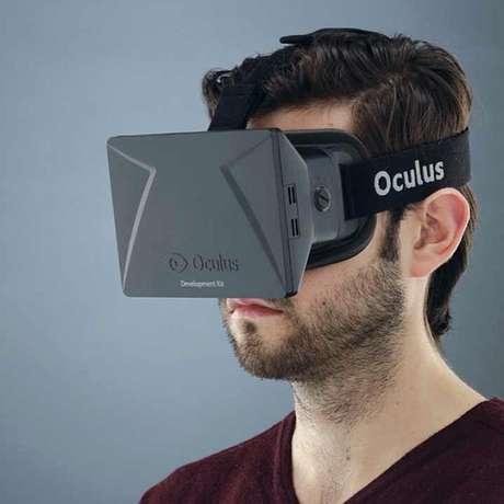 Com o Oculus Rift, o usuário interage com o jogo por meio de movimentos com a cabeça