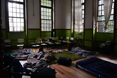 Dormitório improvisado em sala da Escola Estadual Caetano de Campos, uma das 151 unidades ocupadas, segundo a Secretaria de Educação