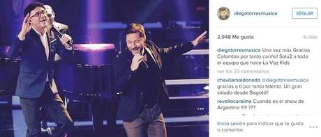 Durante su actuación especial en La Voz Kids Colombia.