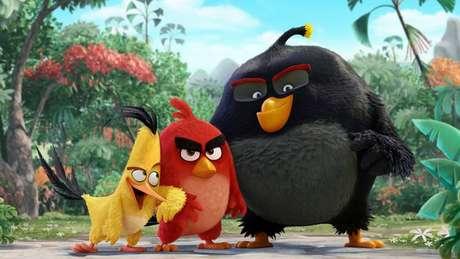 A trama composta pelos famosos pássaros raivosos deve chegar aos cinemas mundiais em maio de 2016 e vai finalmente revelar o por quê desses pássaros serem tão bravos