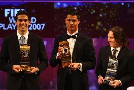 O último brasileiro a conquistar o prêmio foi Kaká, em 2007, quando defendia o Milan
