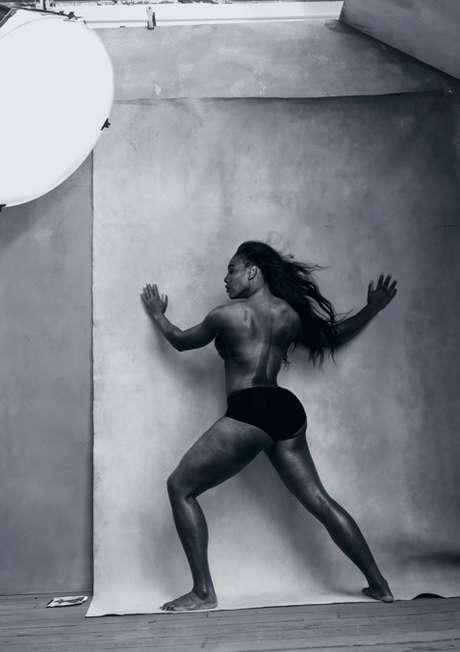A tenista Serena Williams posou só de calcinha