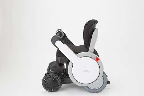 Personal Mobility Modelo A tem design inovador e pode ser controlada por smartphone