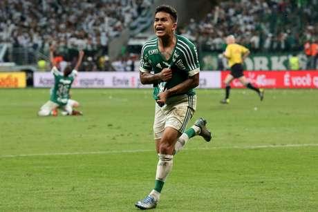 Dudu marcou os dois gols do Palmeiras na decisão