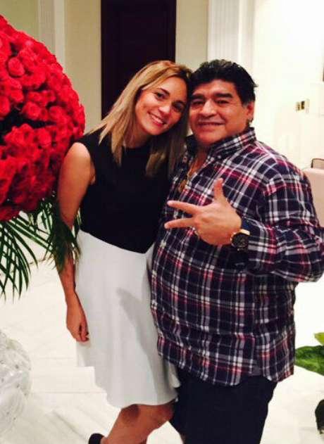 Maradona prepara su navidad en buenos aires - Buenos regalos de navidad ...