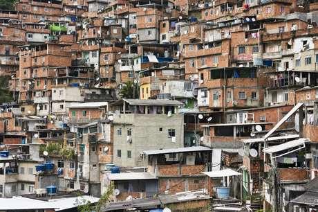A Insolar quer instalar painéis solares em favelas cariocas
