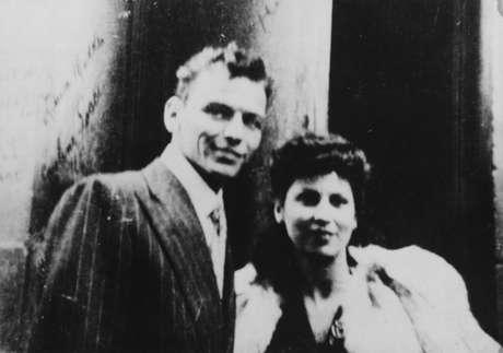 Sinatra junto a su primera mujer Nancy Barbato