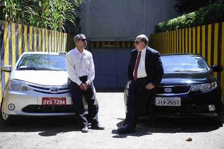 O estudo comparou o uso do Uber com a utilização dos aplicativos 99Taxis e Easy Taxi, que também operam na modalidade porta-a-porta