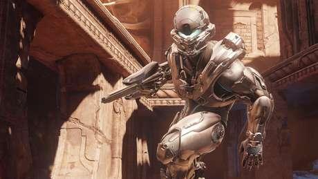 O quinto Halo segue a tradição e mantém a ambientação intergaláctica