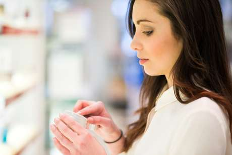 Géis e cremes devem ser testados no antebraço antes da aplicação nas partes íntimas