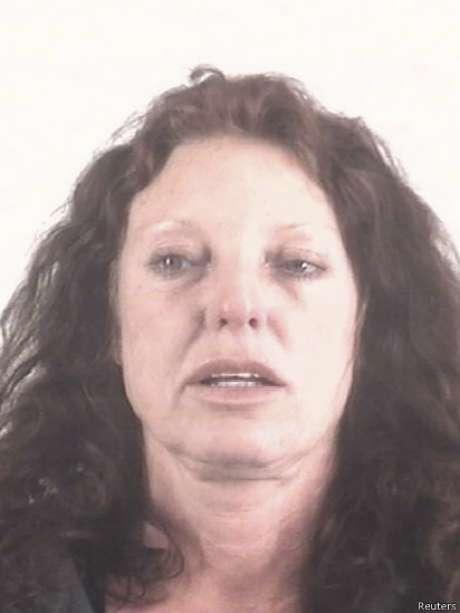 Junto a Ethan Couch foi presa sua mãe, Tonya Couch, suposta responsável pelos atos do filho