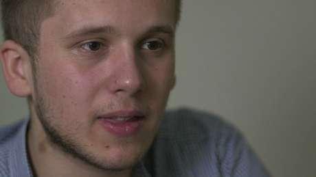 Filho de Simon, Thomas diz não ver problema em ter centenas de meio-irmãos