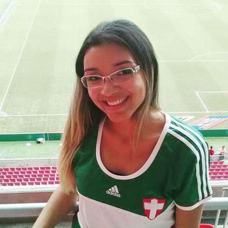 Juliane Madison foi em apenas uma partida do Palmeiras desde que mudou-se e mesmo assim não deixou de ser sócio torcedora
