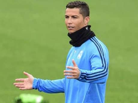 Real Madrid poderá voltar a inscrever jogadores somente na janela de janeiro de 2017
