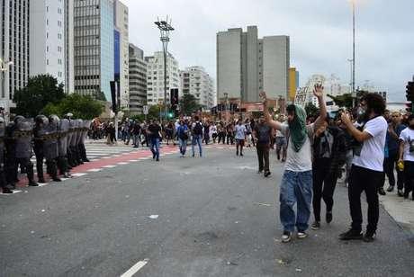 A polícia de São Paulo vai definir o trajeto das manifestações se não for informada do percurso com antecedência