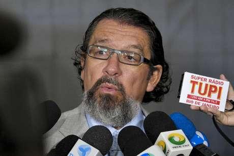 Entre as mais de cem assinaturas, está a do jurista Antonio Carlos de Almeida Castro, o Kakay