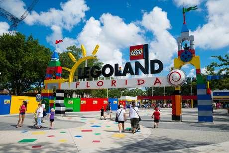O Legoland Florida Resort fica na cidade de Winter Haven, a cerca de uma hora do centro de Orlando