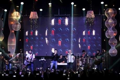 Marcos e Belutti foi a dupla convidada para celebrar o aniversário de 3 anos da balada