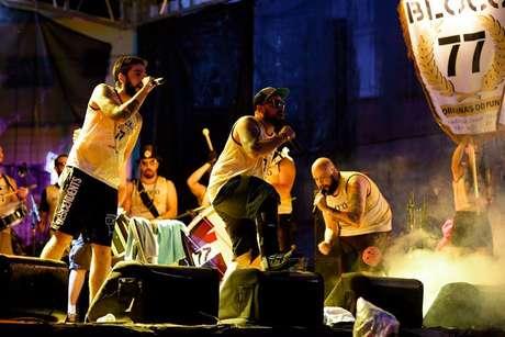 Transformando o punk rock nacional em marchinhas, o Bloco 77 mostra que o Carnaval tem espaço para todos os gêneros musicais