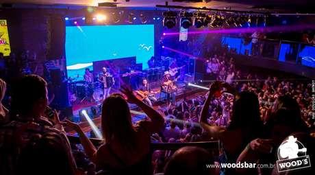 O show de Jads & Jadson agitou a Wood's, em 20 de janeiro