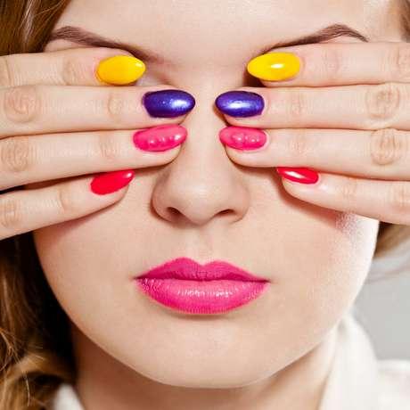Carnaval permite usar cores vibrantes e cheias de personalidade