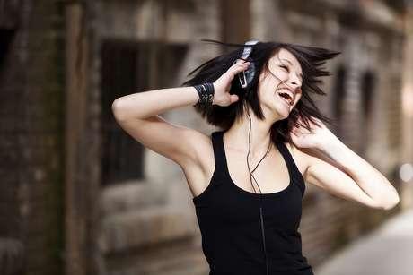 Independente da hora e local, as músicas chiclete aparecem na sua mente como um rádio que acabou de ser ligado