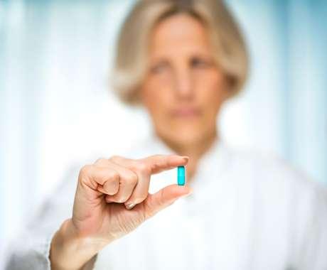 O uso de pílulas anticoncepcionais pode controlar alguns sintomas