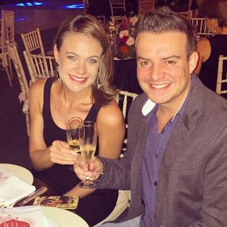 Atualmente à espera do pequeno Luiz Miguel, primeiro filho do casal, a atriz Thaís Pacholek e o sertanejo Belutti se casaram no final de 2014, depois de três anos de namoro