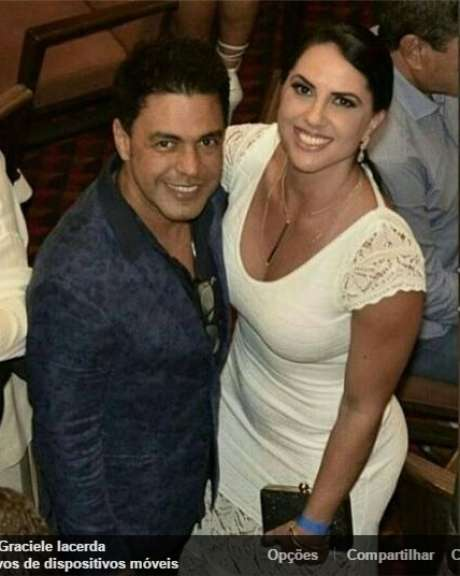 Separado de Zilu desde 2012, Zezé di Camargo demorou bastante para assumir o relacionamento com a bela jornalista Graciele Lacerda. Os dois engataram um romance às escondidas e a notícia só saiu na mídia em meados de 2014