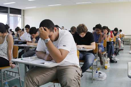Exame da Unesp teve 102.230 inscritos.
