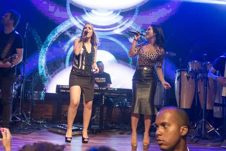 A ex-integrante da banda Rouge, Lissah Martins, também teve destaque ao dançar Ragatanga com Thaeme