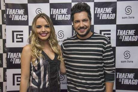 Dando início ao projeto Terra Live Music Sertanejo, a Wood's, uma das casas de shows mais conceituadas de São Paulo, com capacidade para mais de 1.000 pessoas, recebeu, nesta quarta-feira, 17, Thaeme e Thiago, dupla sertaneja com 650 fã-clubes espalhados por todo o País e dona de diversos hits