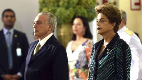 Ações movidas pelo PSDB no TSE podem cassar chapa Dilma-Temer e convocar novas eleições presidenciais