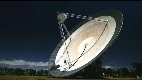 As primeiras explosões rápidas de rádio foram detectadas há dez anos pelo telescópio Parkes.