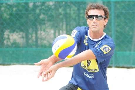 Conhecido como 'Rei' do vôlei de praia, Emanuel anunciou que sua despedida será no Grand Slam do Rio de Janeiro, que acontece na próxima semana.