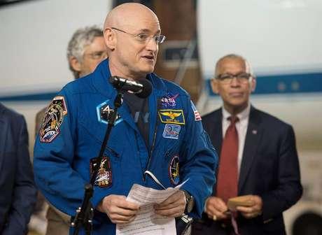 O astronauta em seu discurso em Ellington, Houston