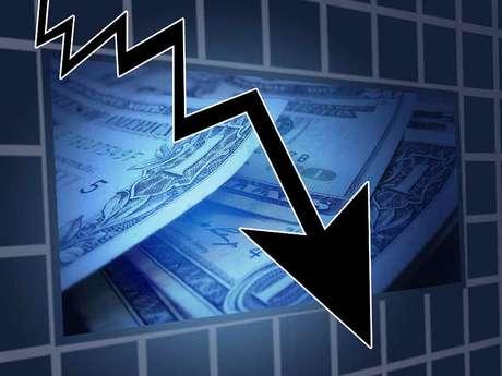 Dólar desceu na mínima de R$ 3,9349 nesta manhã
