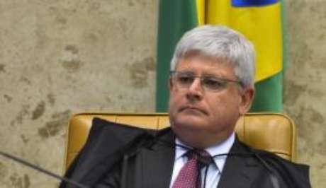 Rodrigo Janot diz que a mulher de Cunha, Cláudia Cruz, e a filha, Danielle. devem ser processadas pelo juiz Sérgio Moro