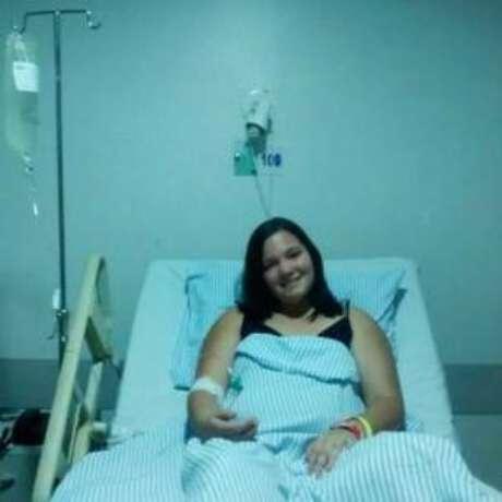 Giovanna Raquel, 17 anos, ficou dois meses internada por causa de uma embolia pulmonar, que começou com uma dor nas pernas após início de consumo da pílula
