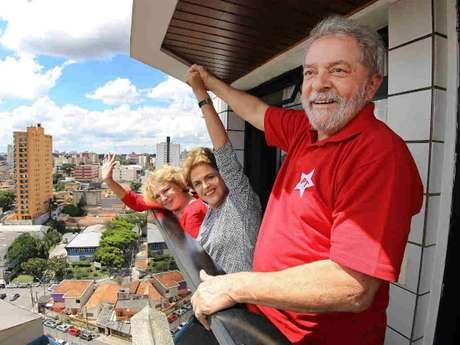 Levantamento aponta que quase 80% dos entrevistados não acreditam que o PT é o único envolvido no escândalo da Petrobras