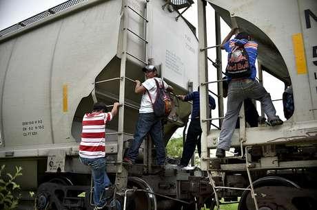 Maioria dos imigrantes que chegam ao México vêm da América Central, mas africanos são novo fenômeno