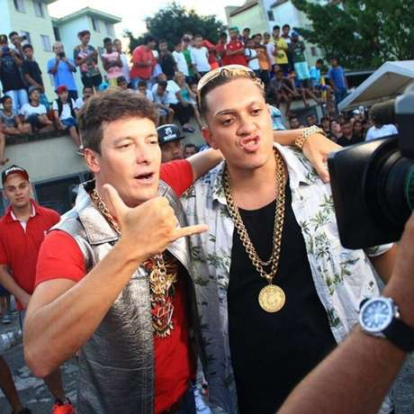 A estrela do funk foi chamada para participar de diversos programas televisivos, entre eles Encontro com Fátima Bernardes, Legendários e A Hora do Faro