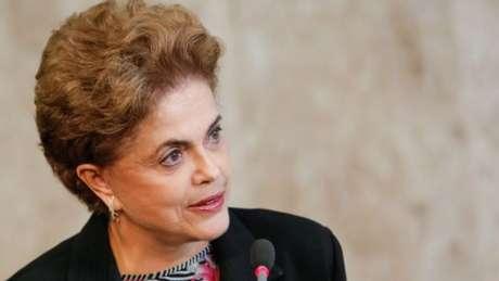 Votação no STF pode influenciar no futuro do governo da presidente Dilma Rousseff