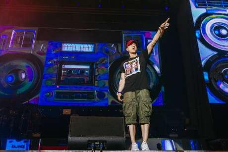 Eminem cerró con broche de oro el primer día y dejó en claro que el trono del rap le pertenece aún.